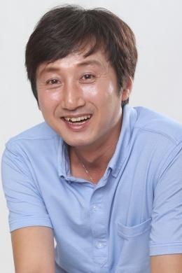 Ким Ён Ун