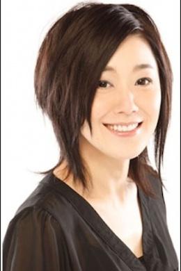 Асакава Ю