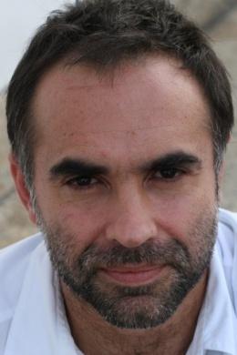 Карим Айнуз