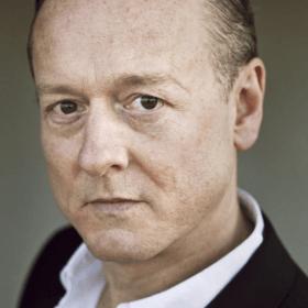 Йен Т. Дикинсон