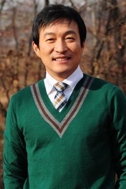 Ли Чжэ Рён