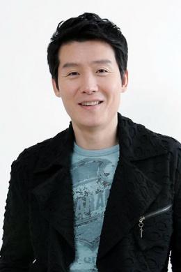 Ли Хён У