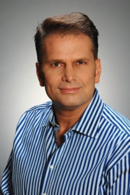 Томми Байиокос