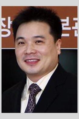 Чон Хун Тхак