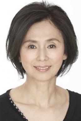 Асака Маюми