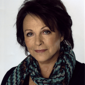 Клэр Блум
