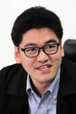 Ли Дон Юн