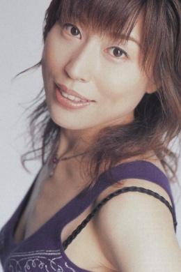 Синдо Наоми
