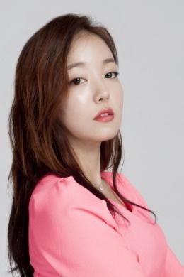 Мун Чжи Ин