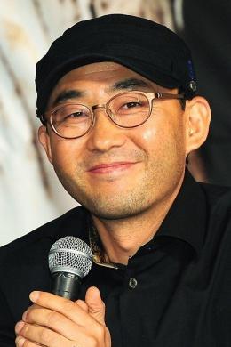 Юн Сон Сик